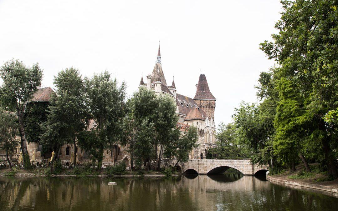 Budapest Unkari Vajdahunyadin linna