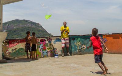 Santa Marta -favelan kapeilla kujilla Rio de Janeirossa