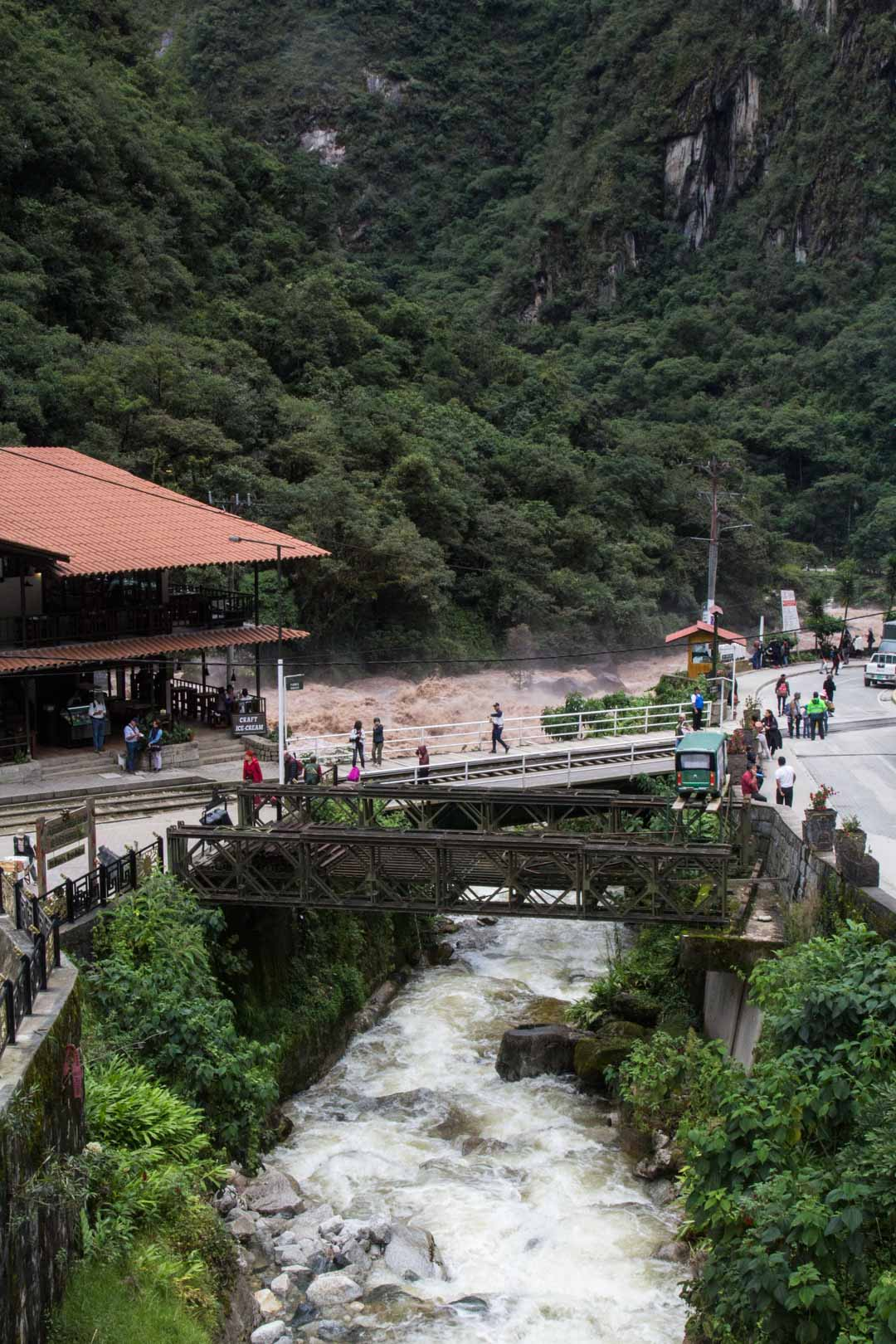 Aguas Calientes Perussa