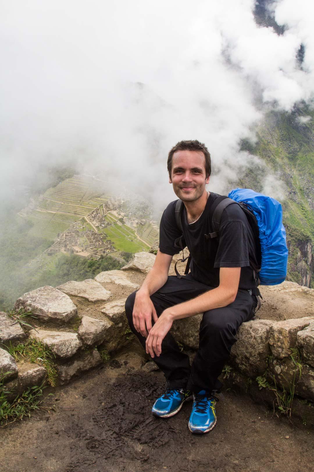 Huayna Picchulle kiipeämässä Machu Picchun inkakaupungissa