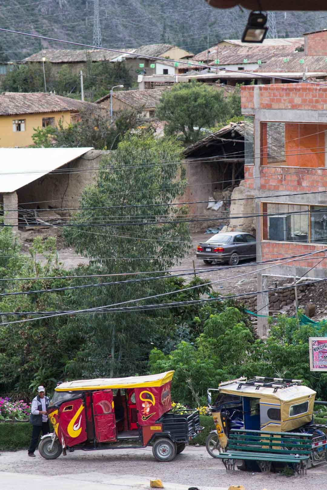 Perun Ollantaytambo ja mototaxit