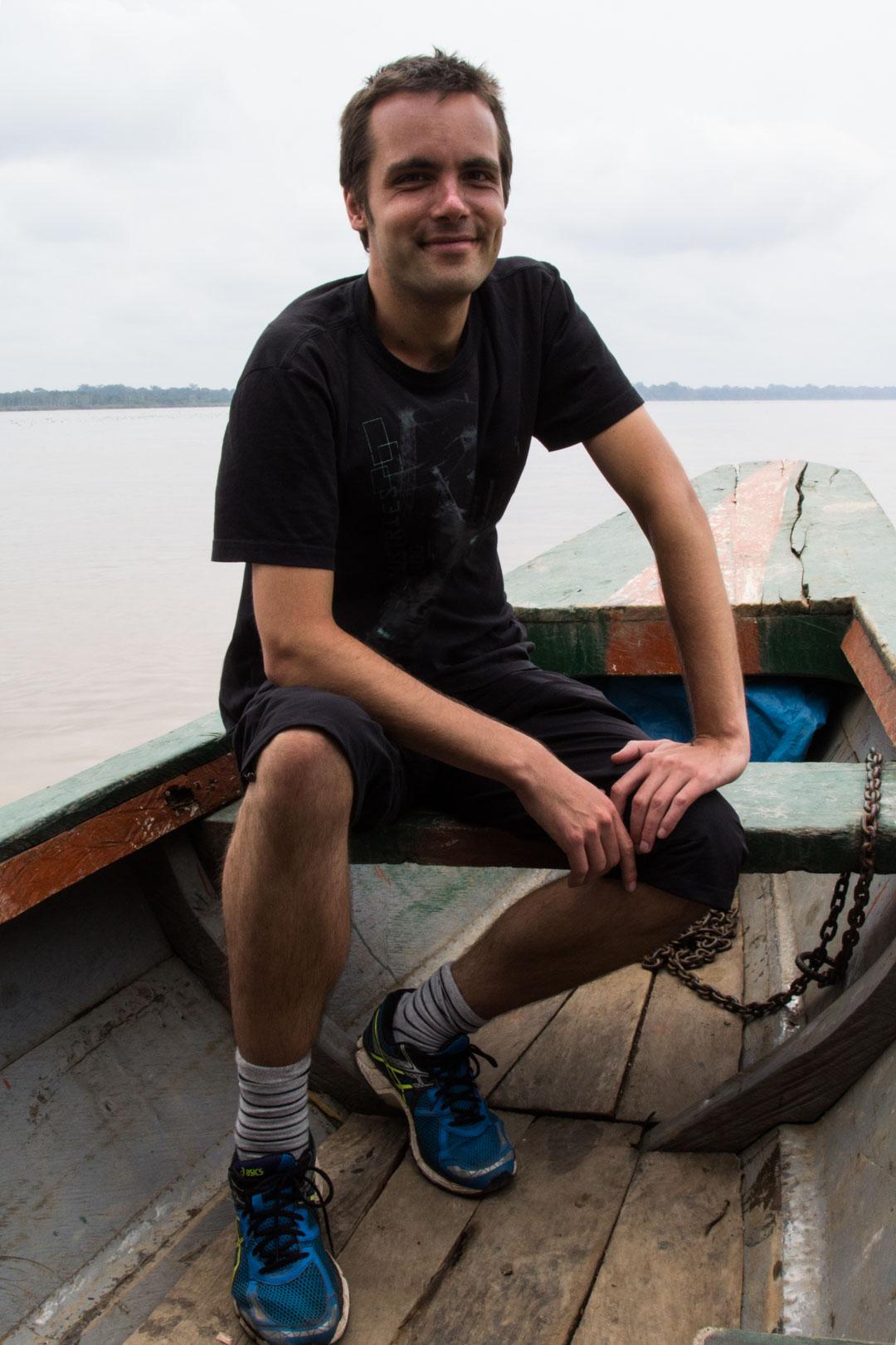 veneellä kohti Amazonia