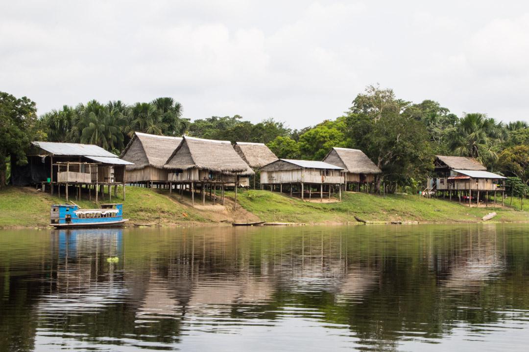 viiimeinen kylä ennen sademetsän uumenia