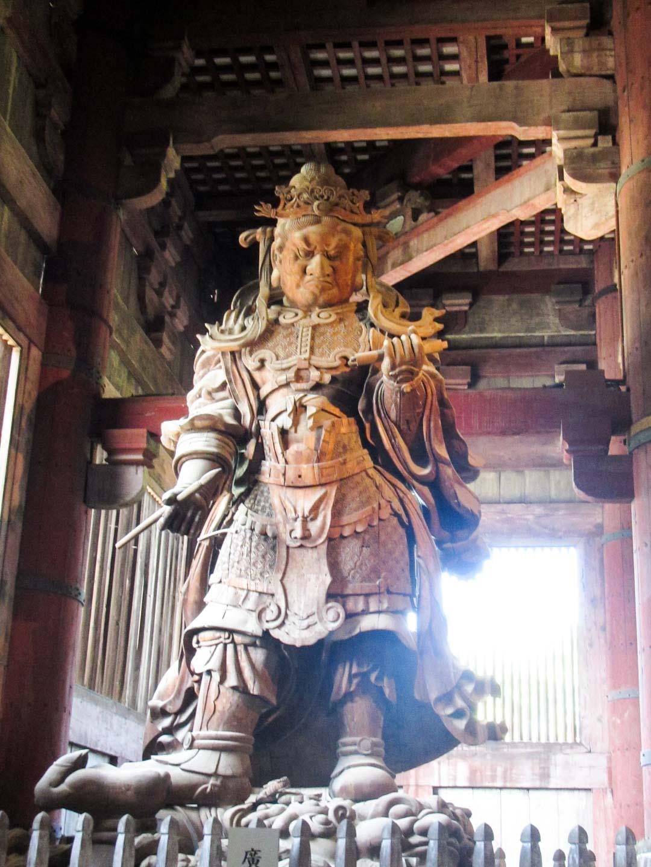 yksityiskohta Todai-ji temppelissä Narassa Japanissa