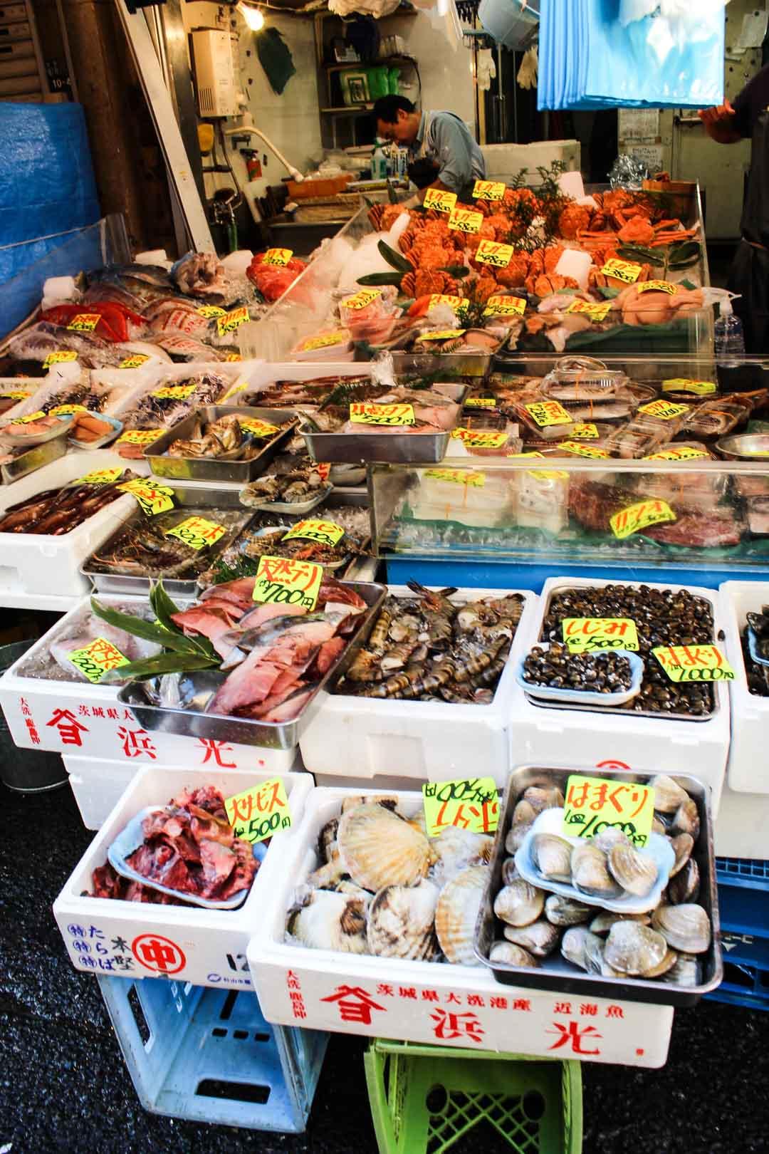 Tsukijin kalamarkkinat Tokio Japani