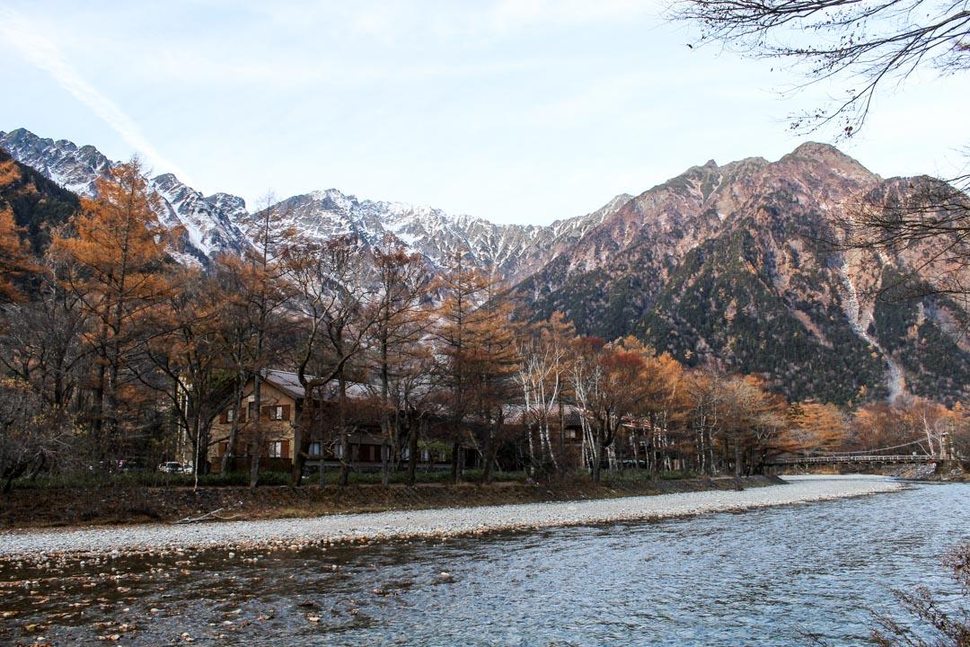 Kamikochin keskusta ja Kappa-silta Japanin Alpeilla