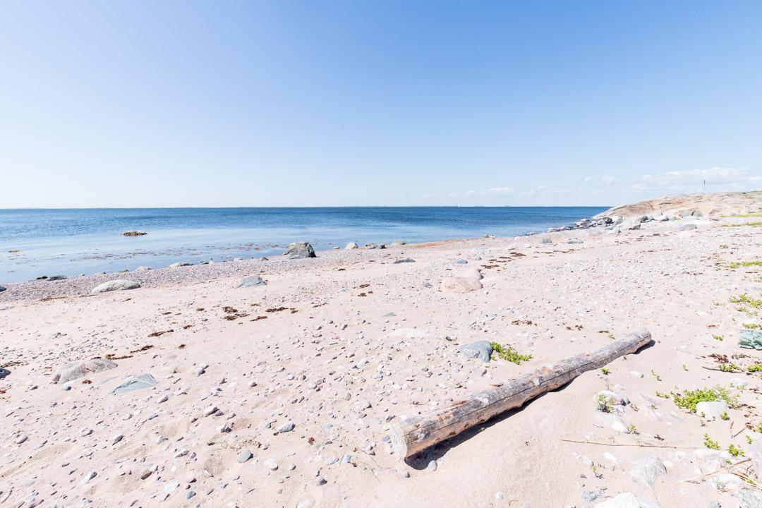 Saaristomeren kansallispuisto Örön saaren hiekkaranta