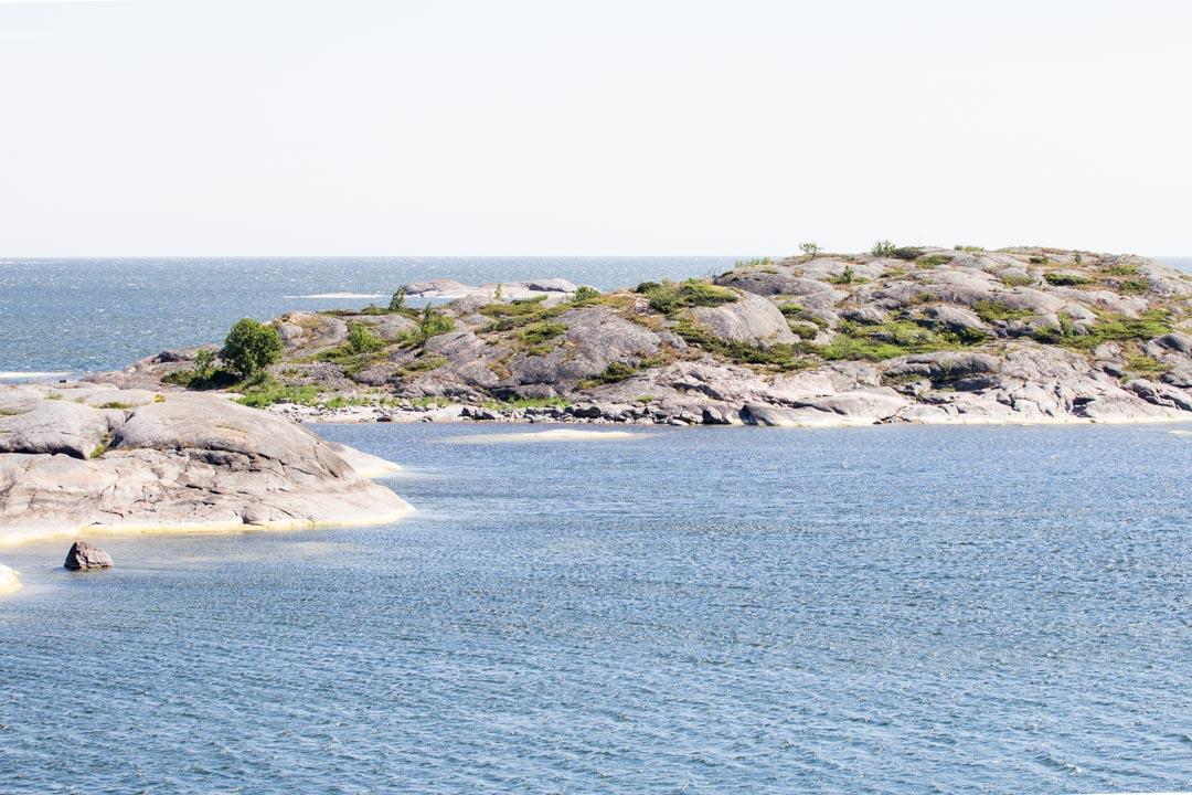 Saaristomeren kansallispuisto Örön saaren 6 tuuman kierros