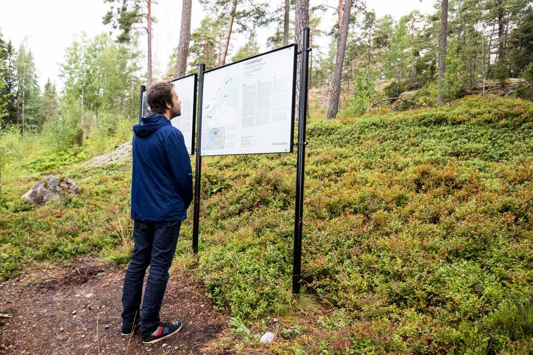 Dagmarin puisto ja Vitsandin opastaulu